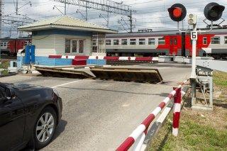 О сложившемся нестабильном положении с безопасностью движения на железнодорожных переездах